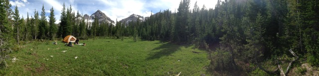 Toxaway Lake meadow alpine hiking backpacking Idaho Sawtooths